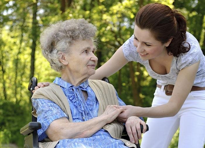 Стаж по уходу за пожилым человеком
