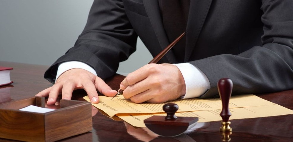 Юрист по корпоративному праву